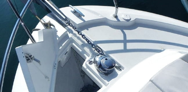 CAP CAMARAT 555 DC │ Cap Camarat Day Cruiser of 0m │ Boat powerboat Jeanneau