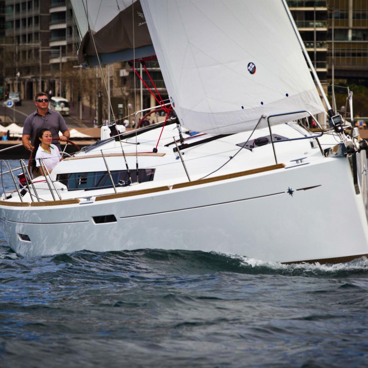 Sun Odyssey 389 | Jeanneau Boats