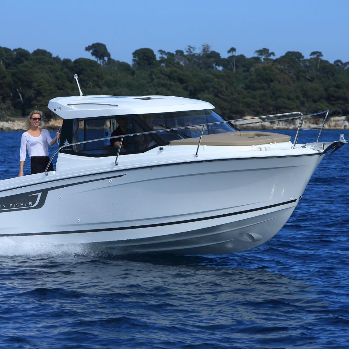 Merry Fisher 695   Jeanneau Boats